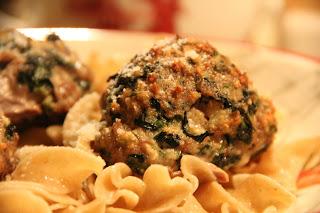 Roasted Florentine Meatballs Recipe, Dinner Tonight: Roasted Florentine Meatballs