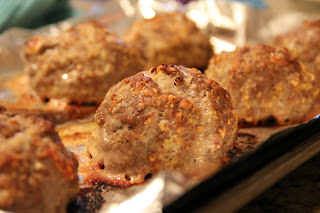 Provolone Stuffed Meatballs Recipe, Dinner Tonight: Provolone Stuffed Meatballs