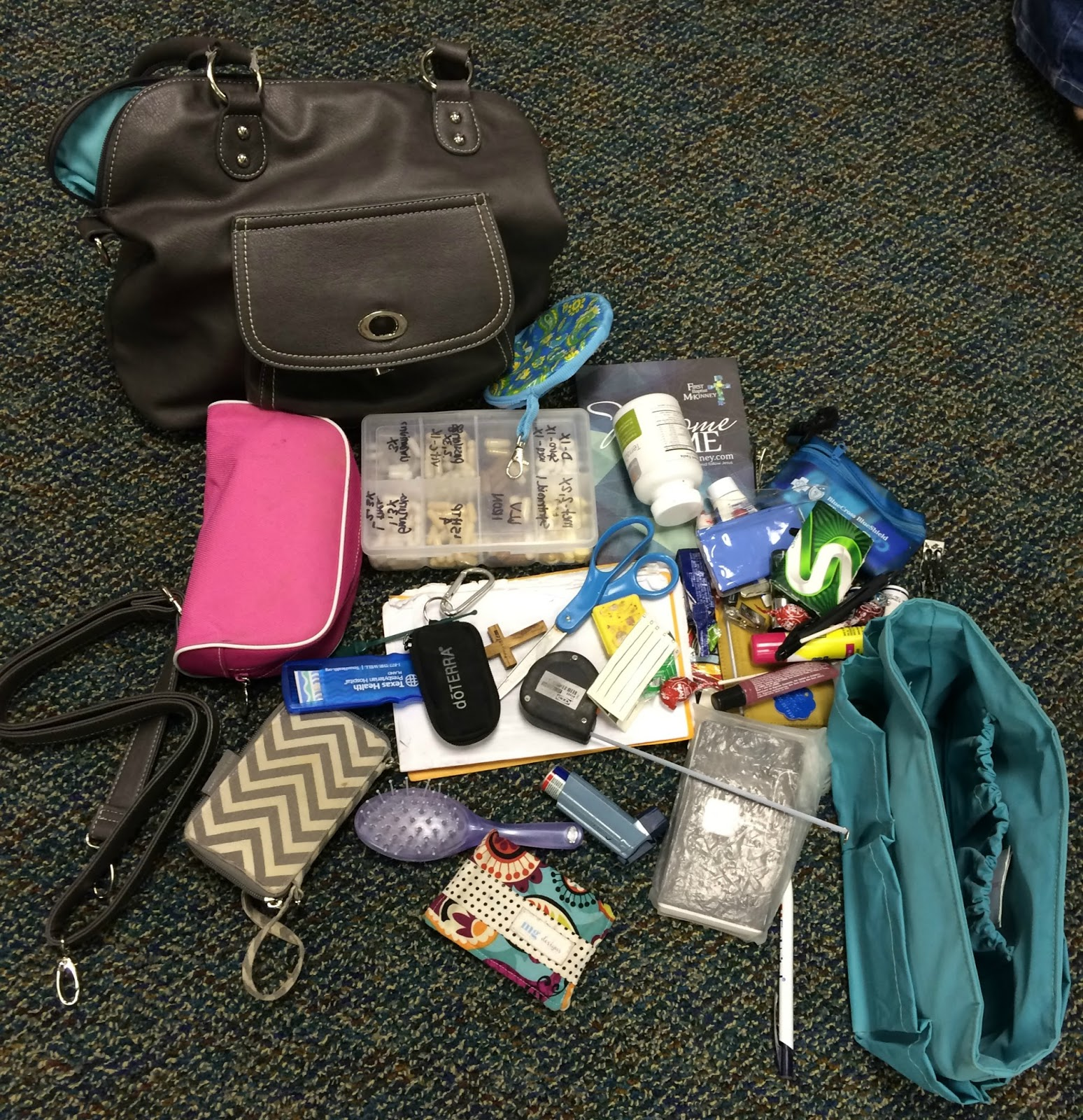 , Fifty Two Shades of Shay: Inside my mom bag