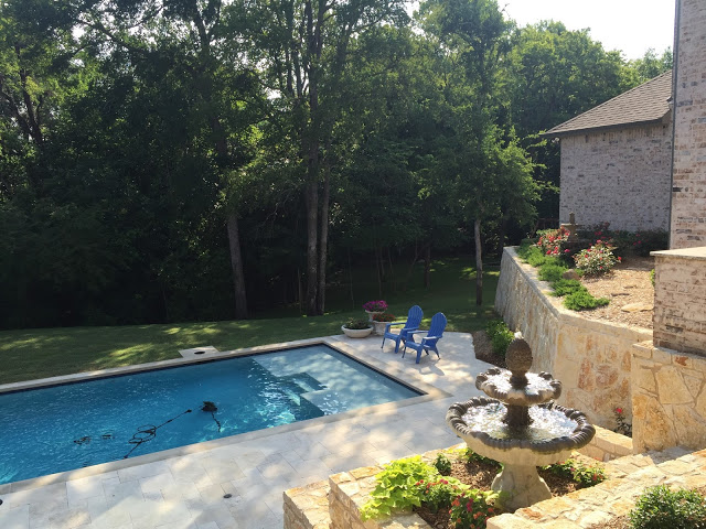 , Show & Tell Tuesday: Our Yard