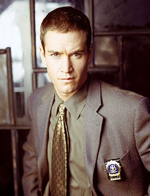 Image result for mark-paul gosselaar nypd